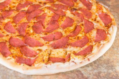 Pizza Salami- Pizzeria Napoleon Timisoara
