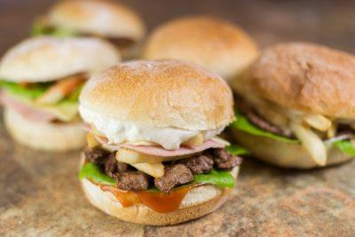 Hamburger Ficat - Pizzeria Napoleon Timisoara