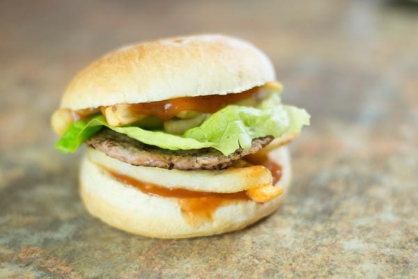 01. Hamburger Simplu