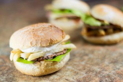 Hamburgeri - Pizzeria Napoleon Timisoara