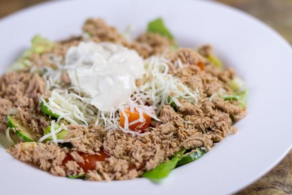 04. Salata cu ton