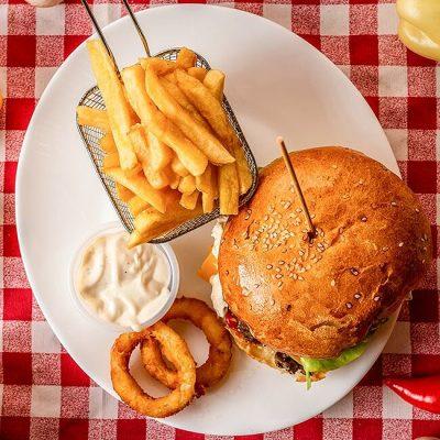 Hamburger Ficat cu Sunca si Cascaval - Pizzeria Napoleon Timisoara
