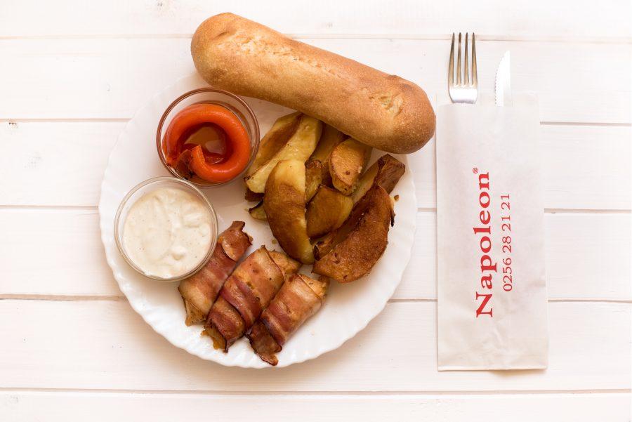 04. MENIU NOU ► Piept de pui in Bacon Meniu Mic