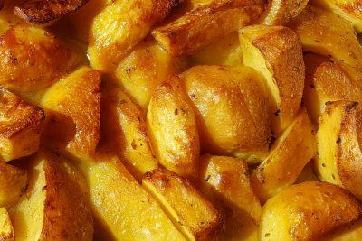 Cartofi aurii la cuptor - Napoleon Timisoara