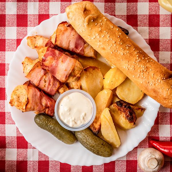 Meniu cu Piept de Pui in Bacon